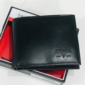 Guess Black Leather Wallet & Valet. RFID NWT